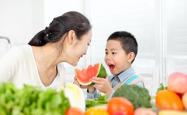 Healthy Meals and Smart Snacking for Kids